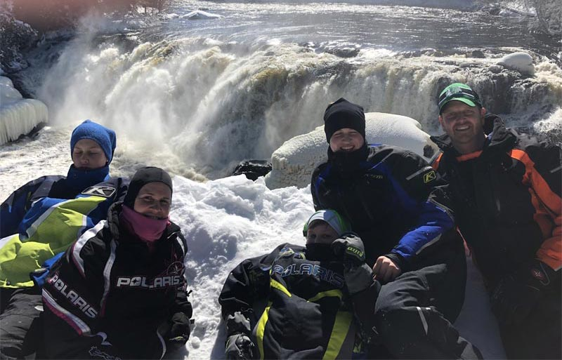 family snowmobile to grand falls