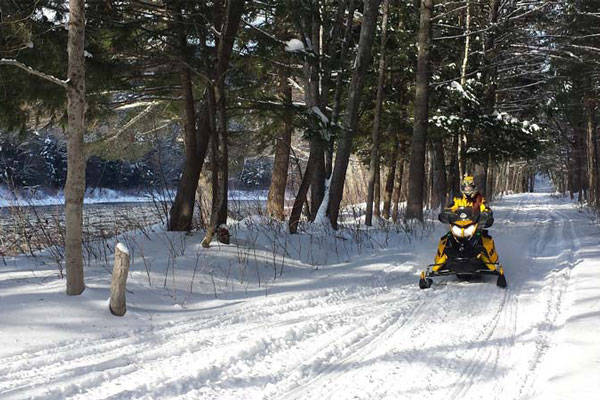 kennebec river snowmobile trail
