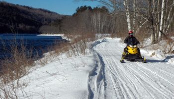 Snowmobile Rentals: Greatest Christmas Gift Ever