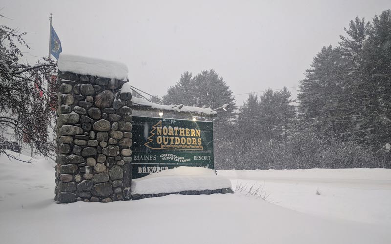 Northern Outdoors Lodge in the Winter