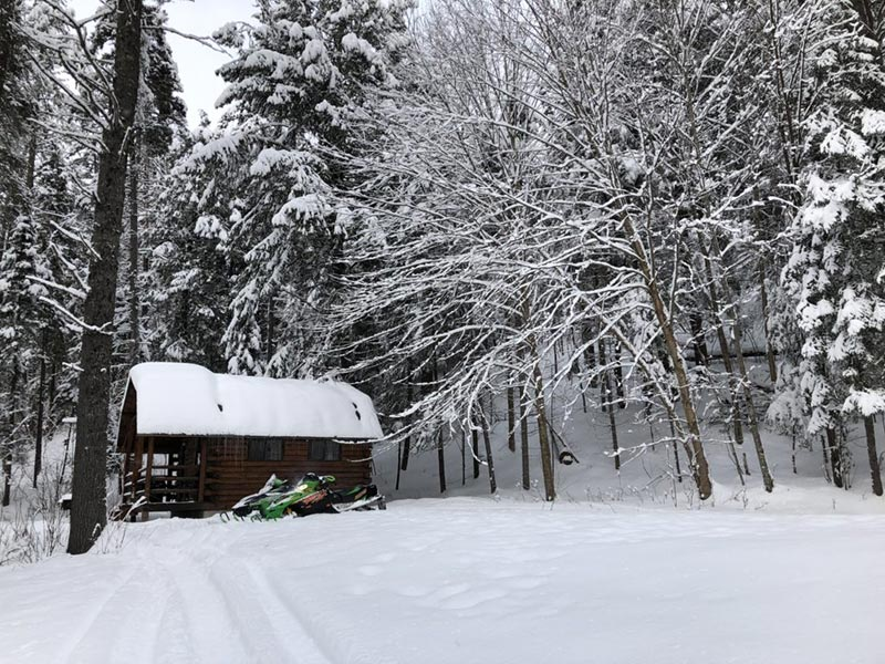 Trailside Snowmobile Cabin